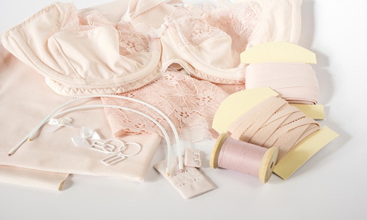 How To Make Lingerie: Easy DIY Lace Bras