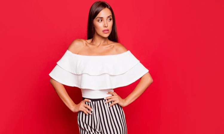 How-To-Wear-A-Bra-With-Off-The-Shoulder-Tops