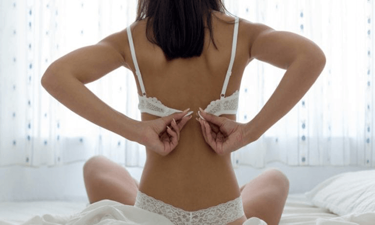 How-To-Wear-Bras-The-Best-Guide-For-Women