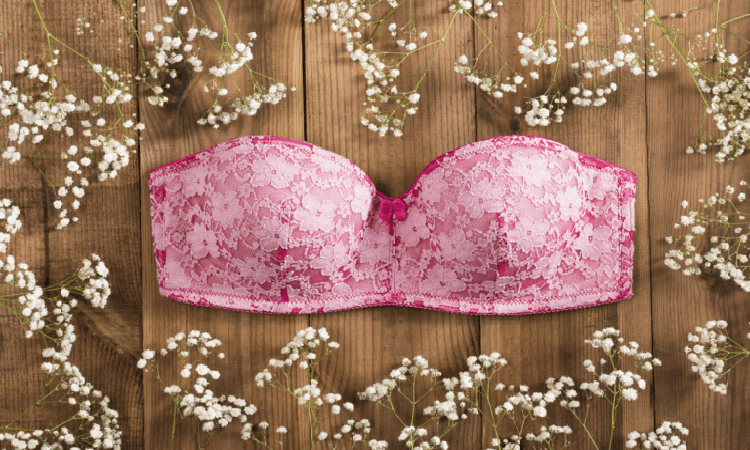 The-7-Best-Strapless-Bras-For-Small-Chest