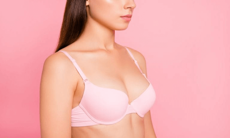The-7-Best-Strapless-Push-Up-Bras-For-Small-Chests