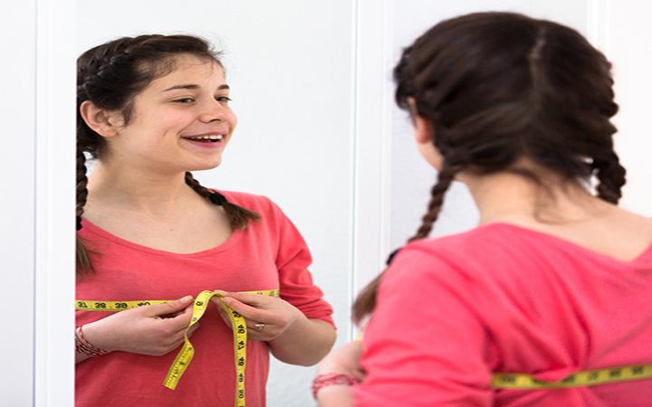 What Age Do Girls Start Wearing Bras?