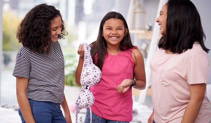 When Should Girls Start Wearing Bras?– A Guide Every Girl Needs